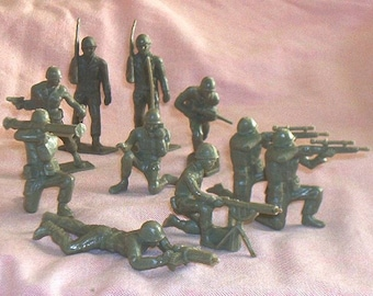 10pc. Squad of TimMee 60mm WWII Era G.I.'s, in 8 poses, light green Soft Plastic, EXC+.