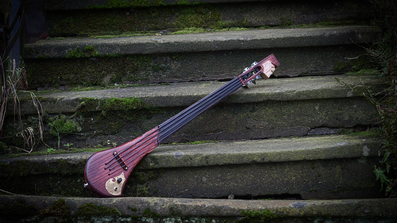 electric fretless bass ukulele by dashtick guitars solid body etsy. Black Bedroom Furniture Sets. Home Design Ideas