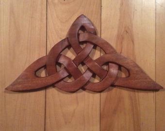 Celtic triangle knot