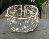 Freshwater Pearl Silver Wire Swirl Cuff.  Handmade Silver Wire Cuff Bracelet.    Pearl Bracelet.    June Birthstone Bracelet