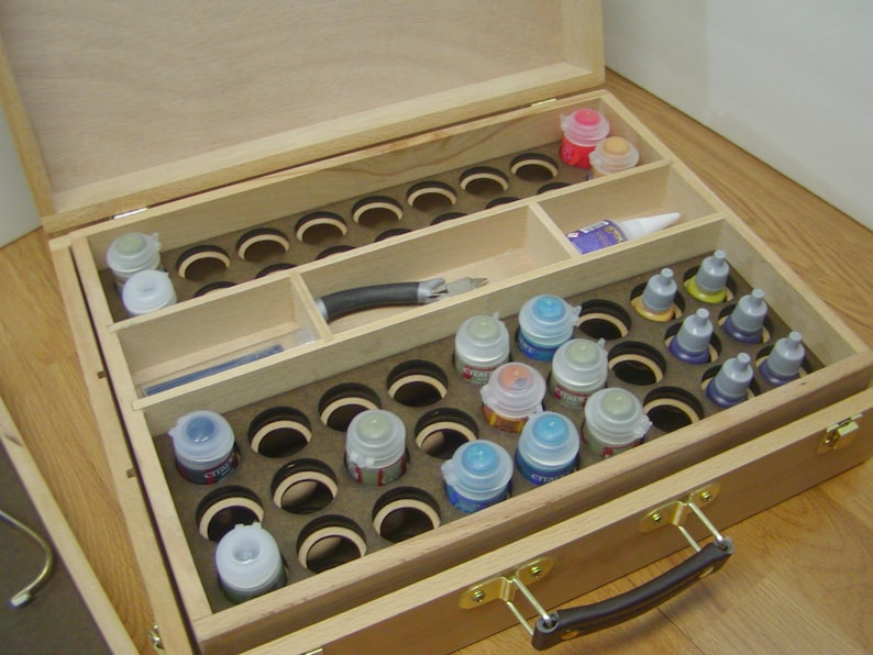 Games Workshop style paint storage and carry insert system image 0