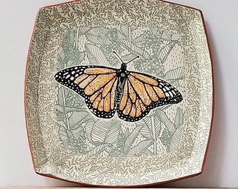 """Monarch rounded square plate - 9""""x9"""""""