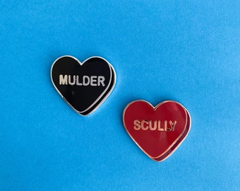 X Files Inspired Conversation Heart Pin    Fox Mulder and Dana Scully Enamel Pin