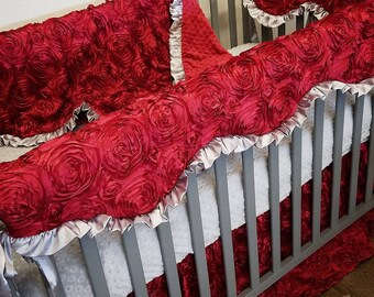 Satin, 3D Rosette Crib Set