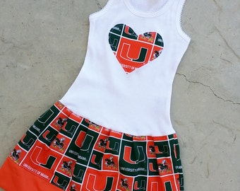 University of Miami, Dress