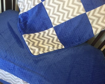 BUMPERLESS. Chevron Crib Set. You design. Several Colors Available.