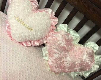 Throw Pillow. Heart Shaped