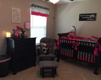 Checkered Crib Set. Pink.
