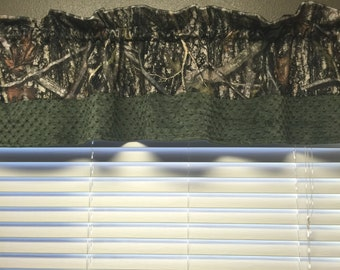 Custom Window Valance. True Timber. Camo.
