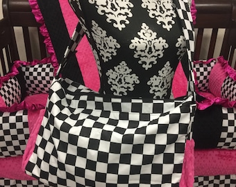 Diaper bag. Messenger style, converts to backpack. Checkers