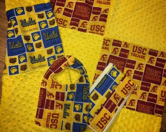 House Divided Blanket. Gift Set