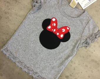 Minnie Mouse Tshirt. Grey. Personalized.