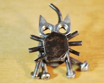 Lug Nut Cat