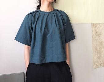 cotton invert pleated crop top blouse