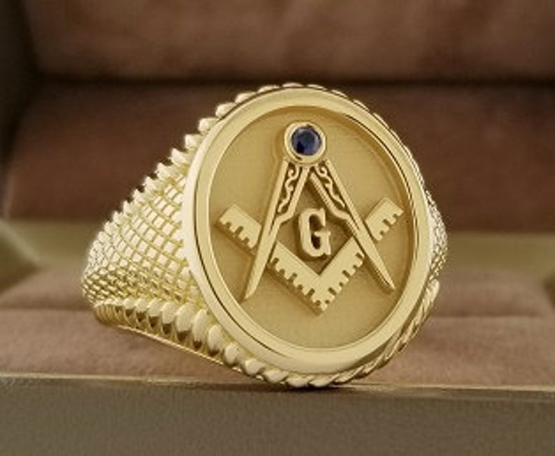 Masonic ring, mens ring, signet ring made in solid 10k gold