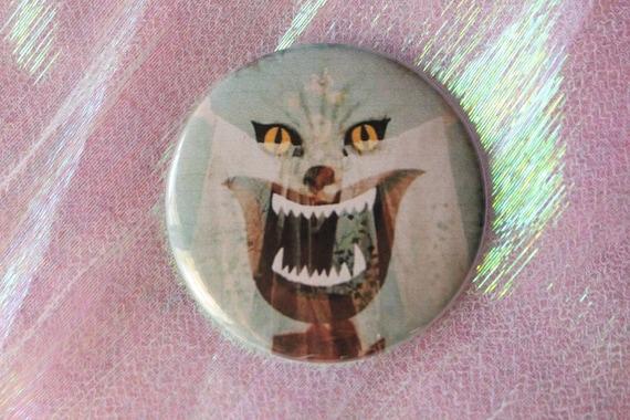 1977 or Key Chain Hausu Large 2.25 Pinback Button Magnet