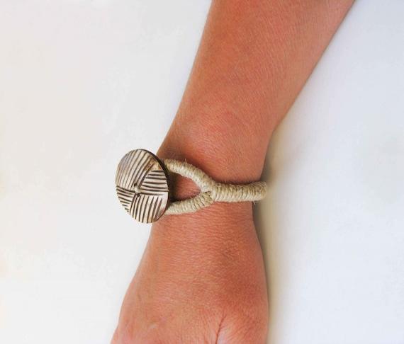 NEXT GENERATION AUTH BONE Tribal Symbol HEMP Bracelet