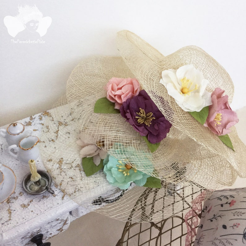 "Dollhouse Miniature Sinamay Hats natural woven 1/""  5 piece pkg"