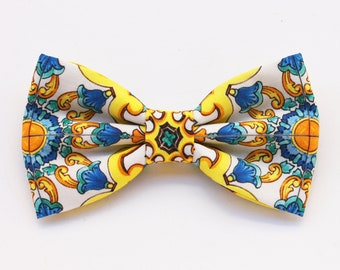 Majolica bow tie for men,floral print bow tie,tie for groom,shabby chic wedding,groomsmen gift,floral fabric,Sicilian style,summer wedding