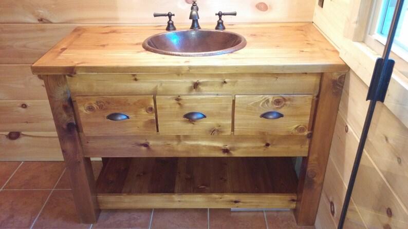 Vanité de salle de bain rustique