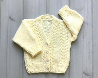 Knitted yellow baby cardigan - 6 to 12  months - Yellow baby sweater - Baby shower gift - Baby knit clothes - Infant clothing
