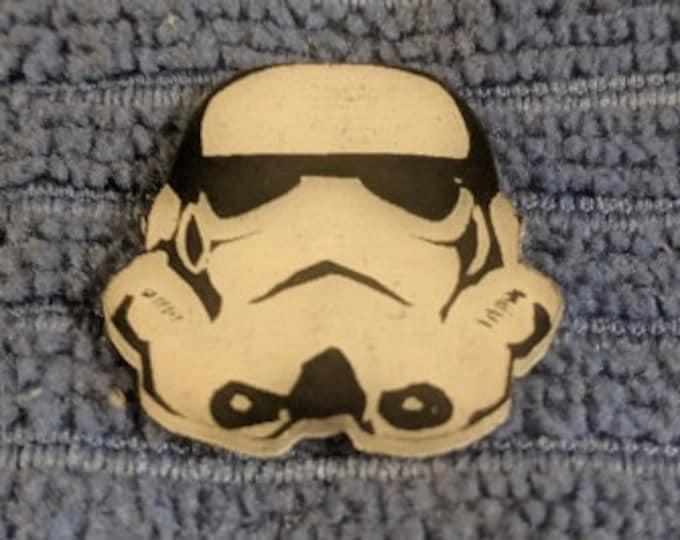Storm Trooper Glow Hat Pin
