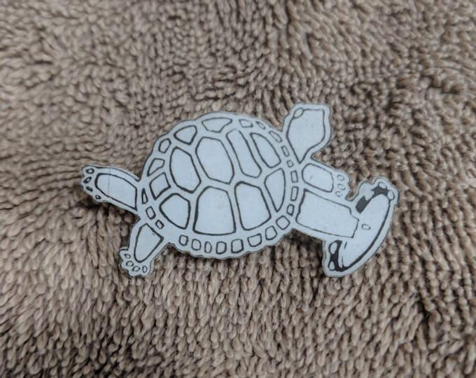 Terrapin Turtle Glow Hat Pin