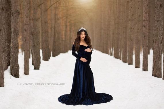 Royal Blue Velvet Maternity Dress Mimi Bohemian Maternity Gown off Shoulder long sleeves Baby Shower Dress Maternity Dress for Photo Shoo