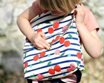 Petit cartable pour maternelle en tissu motif cerises et rayures, Sac à dos rayé, Sac école maternelle, Cartable pour fille, Sac cerises