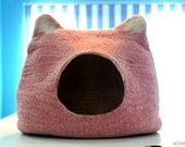 Cozy cat cave.Pink cat house-Cat bed Handmade-felted-from-100-Natural-sheep-wool.(Shipping Free)
