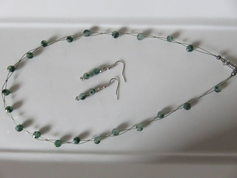 Dark and light mottled green beaded necklace Green wire twist necklace set Necklace /& earrings Set