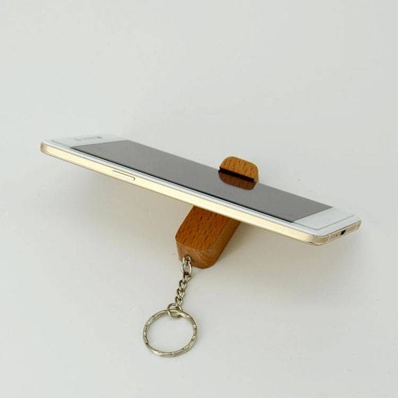 iphone st nder ipad st nder aus holz ipad st nder ipad dock. Black Bedroom Furniture Sets. Home Design Ideas