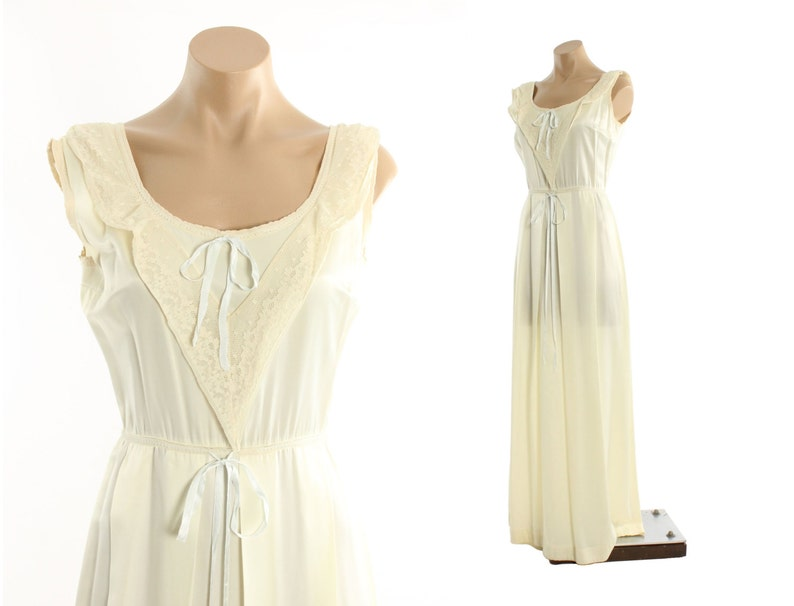 Vintage 40s Nightgown Ivory Rayon Floor Length Lace Gown  12a8f9109
