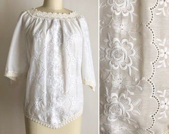 70s floral embroidered top S ~ vintage Grecian blouse