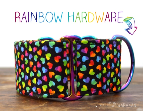 Martingale dog collar Crazy Hearts. Adjustable and handmade with 100% cotton fabric. Tiny colorful hearts. Wakakan
