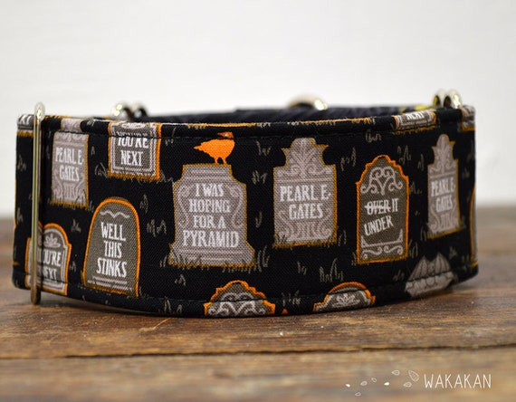 Martingale Gravedigger dog collar adjustable. Handmade with 100% cotton fabric. Cemetery and spiderwebs. Halloween Wakakan