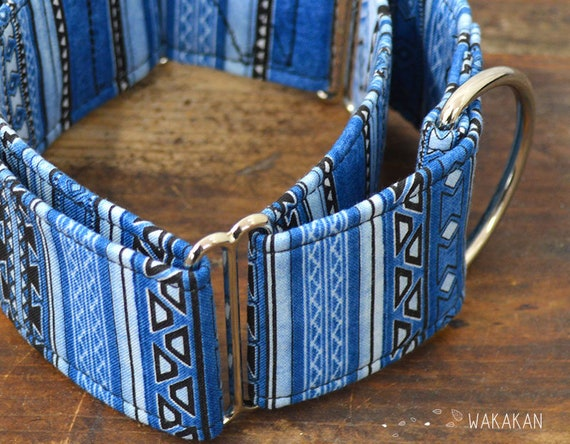 Martingale dog collar model Navajo. Adjustable and handmade with 100% cotton fabric. Stripes blue and black. Wakakan