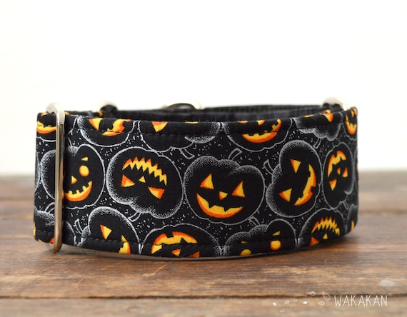 Martingale dog collar model Jack O'Lantern. Adjustable and handmade with 100% cotton fabric. Halloween, pumpkin Wakakan