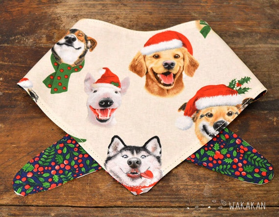 Tie-on reversible dog bandana model Xmas Party. Handmade with 100% cotton fabric. Doggies, mistletoe . Wakakan