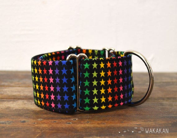 Martingale dog collar model Superstar. Adjustable and handmade with 100% cotton fabric. Hippie peace and love Wakakan