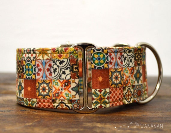 Martingale dog collar model Spanish Tiles. Adjustable and handmade with 100% cotton fabric. vintage, antique Wakakan
