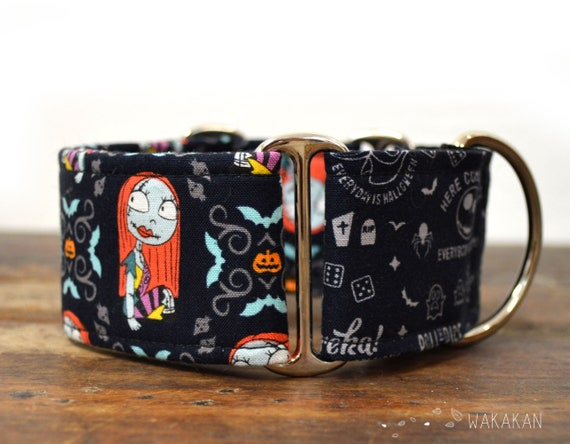 Martingale dog collar model Sally. Nightmare before Xmas. Adjustable and handmade with 100% cotton fabric. Blue bgWakakan