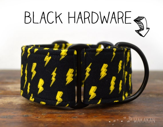 Martingale dog collar model Rock and Roll. Adjustable and handmade with 100% cotton fabric. Thunder, lightning Wakakan