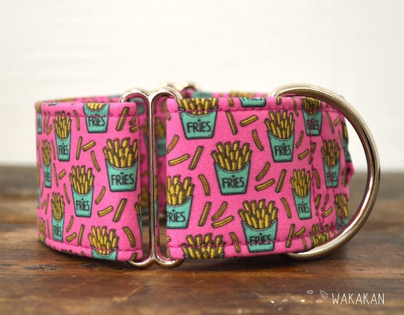 Martingale dog collar model French Fries. Adjustable and handmade with 100% cotton fabric. Potato Wakakan