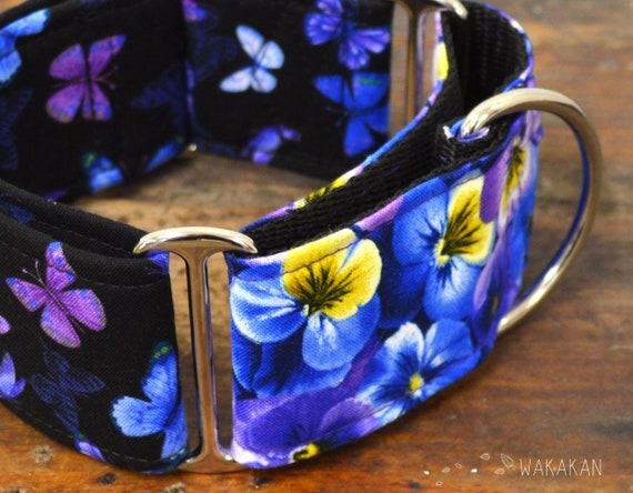 Martingale dog collar model Butterflies. Adjustable and handmade with 100% cotton fabric. Flowers, pansy, purple pansies Wakakan