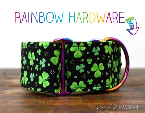 Martingale dog collar model Shamrock. Adjustable and handmade with 100% cotton fabric. Lucky charm, Saint Patrick Wakakan
