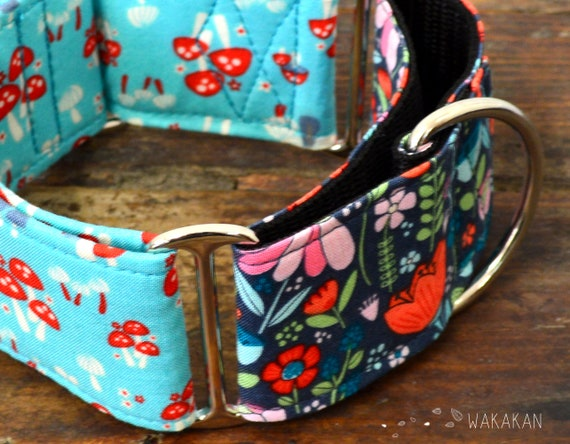 Martingale dog collar model Mushroom Trip. Adjustable and handmade with 100% cotton fabric. Fairytale, woods, fungus. Wakakan