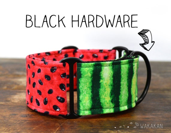 Martingale dog collar model Watermelon. Adjustable and handmade with 100% cotton fabric. watermelon fabric, summer time Wakakan