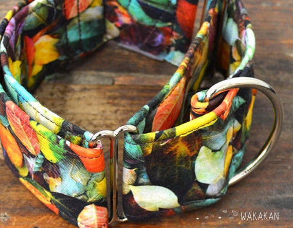 Martingale dog collar mode Autumn. Adjustable and handmade with 100% cotton fabric. Leaves Wakakan