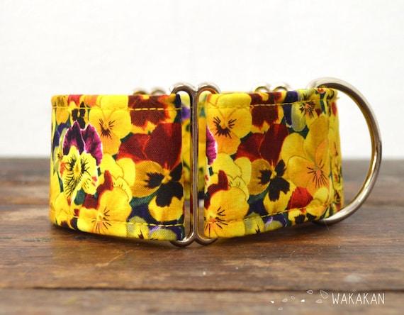 Martingale dog collar model Yellow Pansy. Adjustable and handmade with 100% cotton fabric. Viola flowers, Wakakan